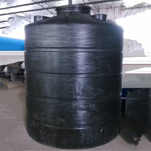 Water storage tank with 200 Lto 30,000L volume
