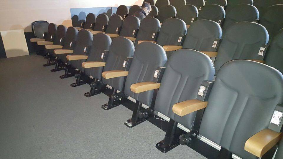 Cinema Multi channel audio at seat entertainment systems