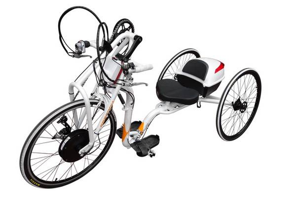 Manual Cranked E-tricycle for Disabled People