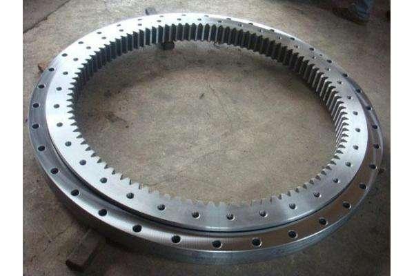 China Supplier Non-gear, External Gear, Internal Gear Lazy Susan Three-row Roller Slewing Bearing