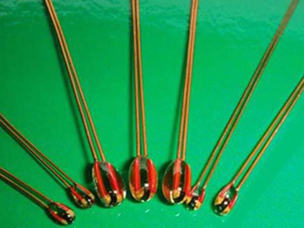 MF51 radial glass seal thermistor series