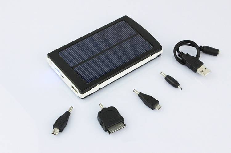 Portable solar mobile charger P7000T 7200mAh