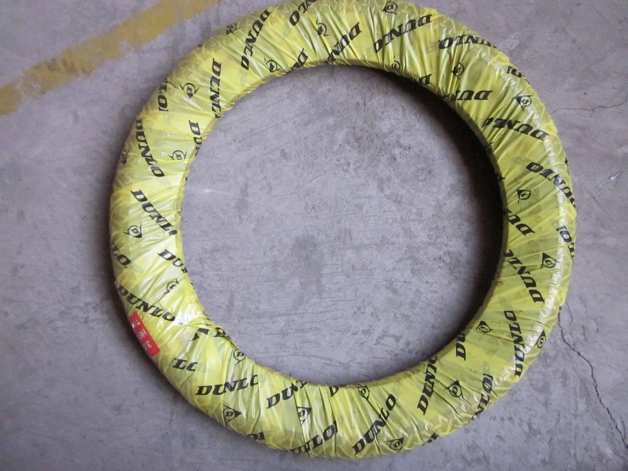 Dunlop 300-17 High Grip Tire for Uganda Maket