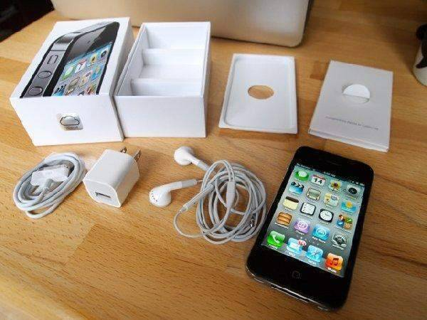 Apple iPhone 5S 16GB Black/White