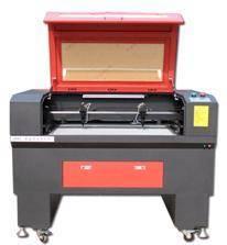 Clothing CO2 laser cutting machine