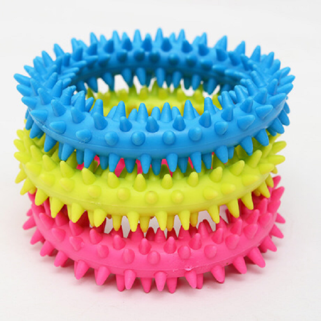 Pet Toy Funny Dog Training TPR Spiky Ring Promotion Silicone Kids Toys