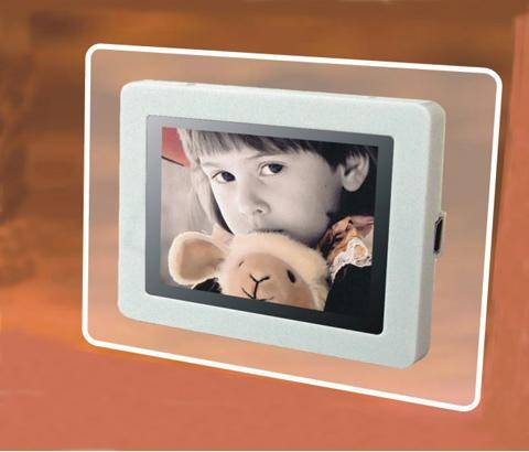 Digital photo frame DPF-024A