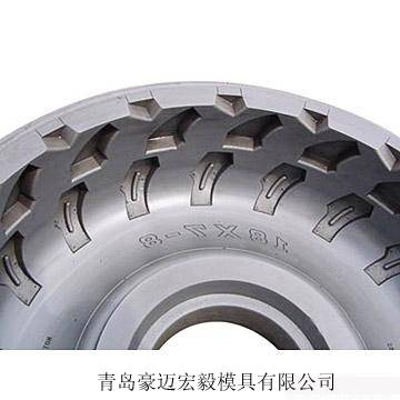 Light truck tire mold