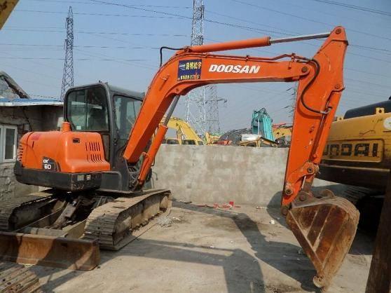 Used Doosan DH60-7 Excavator