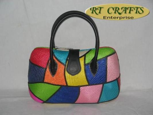 Offer on Unique Handcrafted Fashion Handbags
