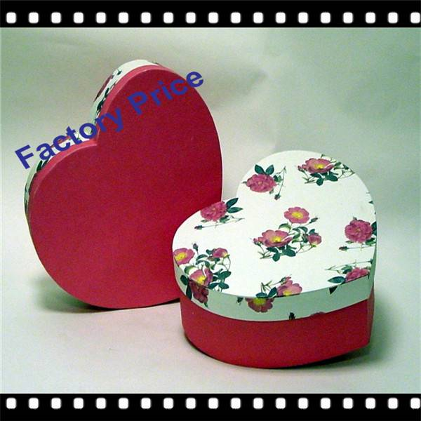 attractive heart shaped jewelry gift box