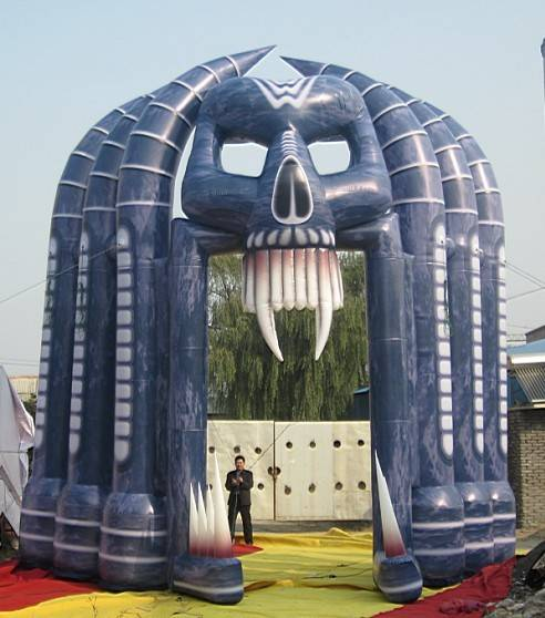 Inflatable arch for Halloween decorations