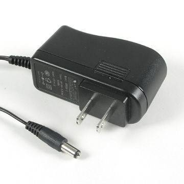 12W Power Adapter with 100-240V AC Input Voltage, 50-60Hz Frequency