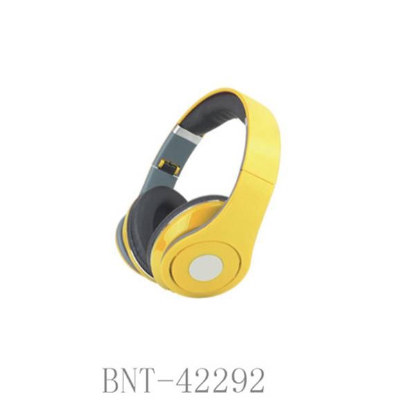 Fashionable portable cool oem cheap custom headphone
