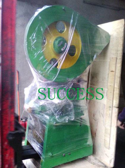 SUCCESS AUTOMATIC MATTRESS SPRING CLIPS MAKING MACHINE