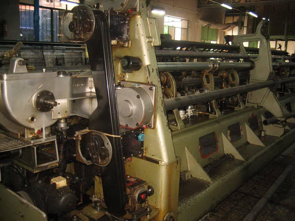 10 x Karl mayer & LIBA tricot machines type K33 , K32 ,