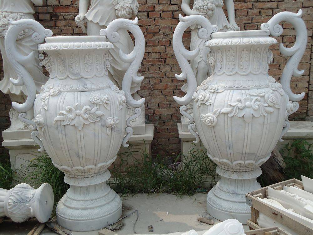 Marble carved flowerpot