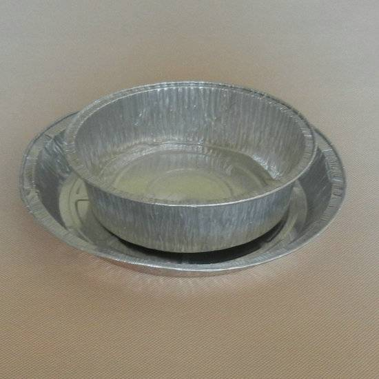 Disposable oval aluminum foil baking tray