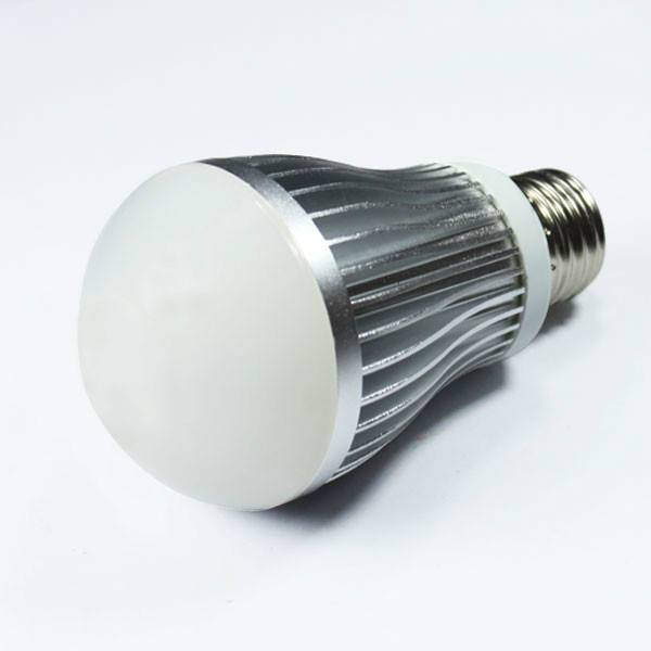 7w LED bulb light E27/B22