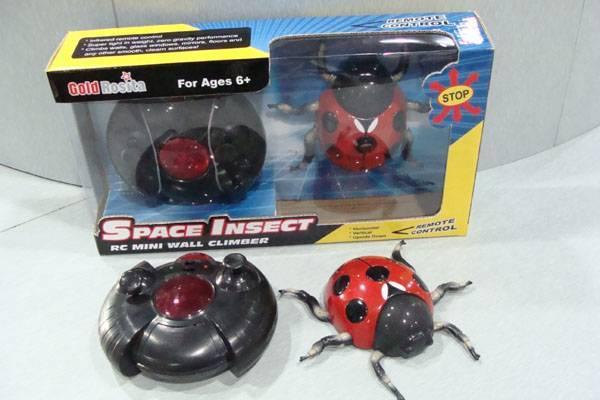 Anti Gravity RC Toys - Mini RC Wall Climbing Toy