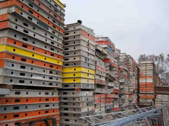 Sell used Huennebeck Topec Formwork for decks