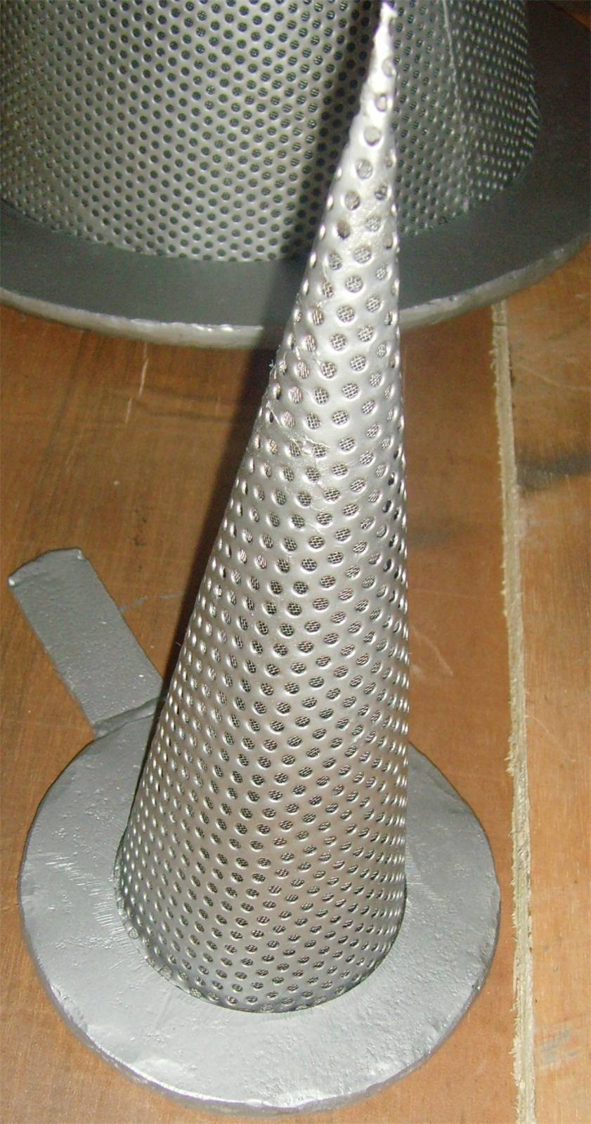 Stainless steel temporary conical strainer