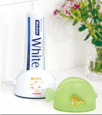 Toothpaste Squeezer Toothpaster Holder