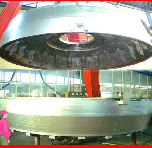High Quality Giant OTR Two-Piece Tire Molds Manufacturer