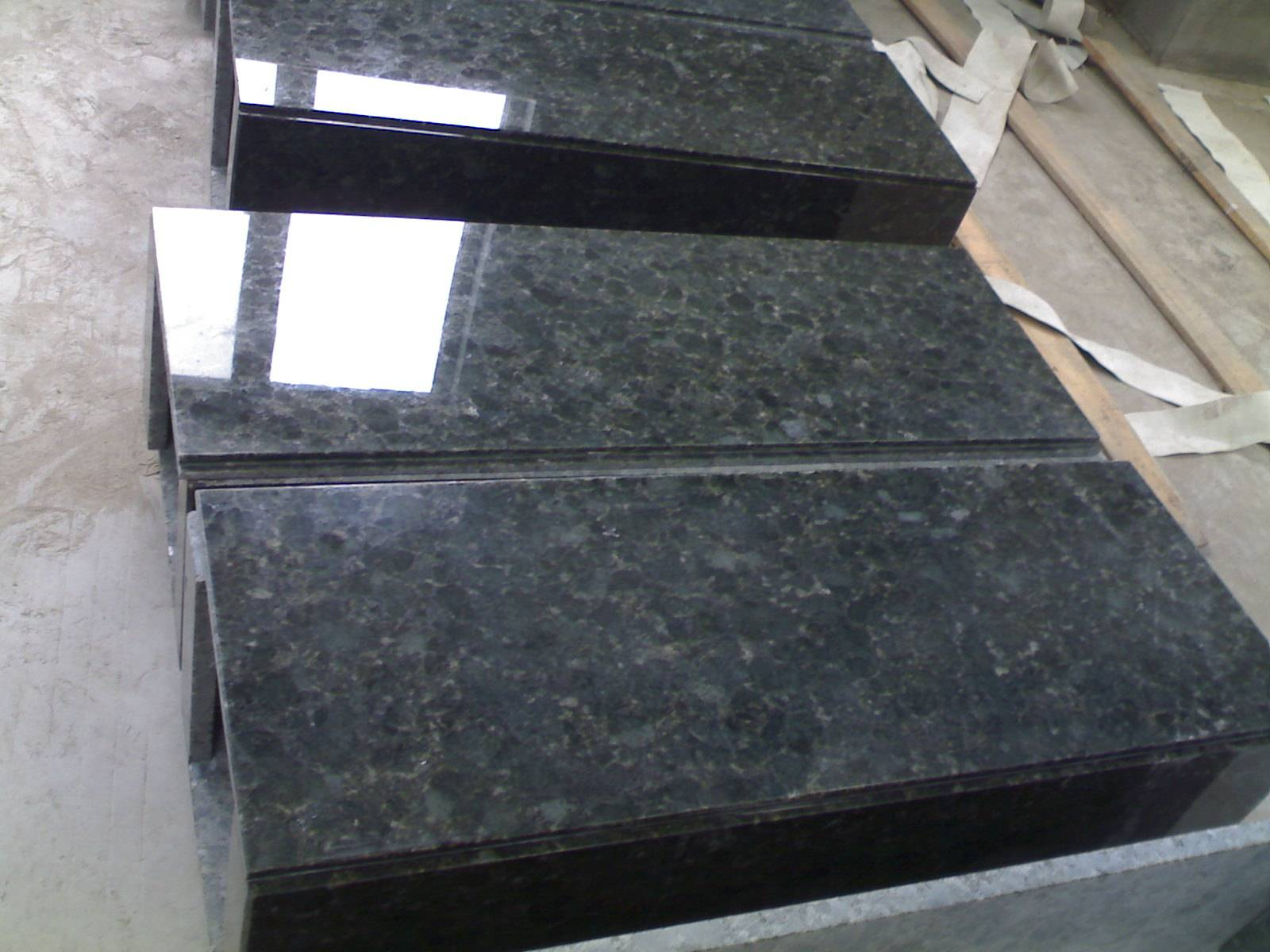 Verde Sultan / Sultan Green Granite Slab