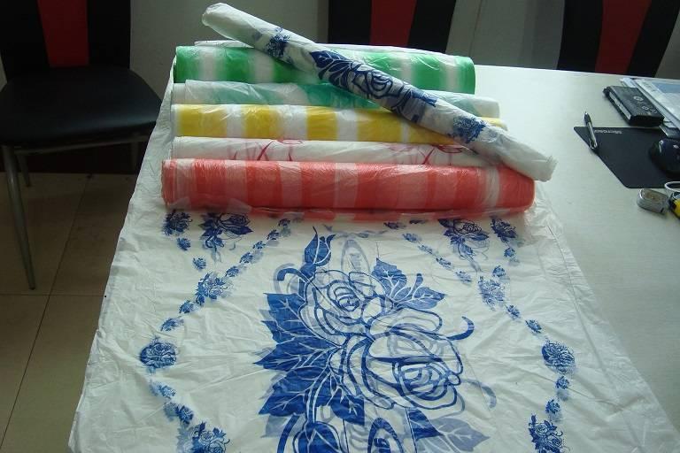printed table cloth/thick plastic sheet