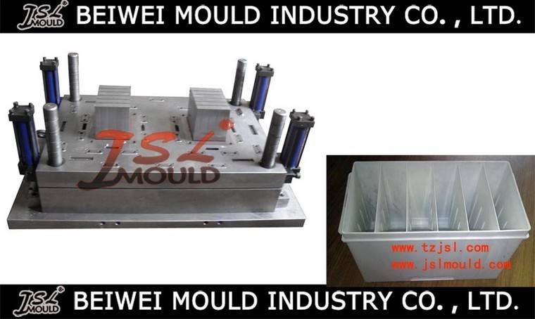 Injection Plastic battery container mould