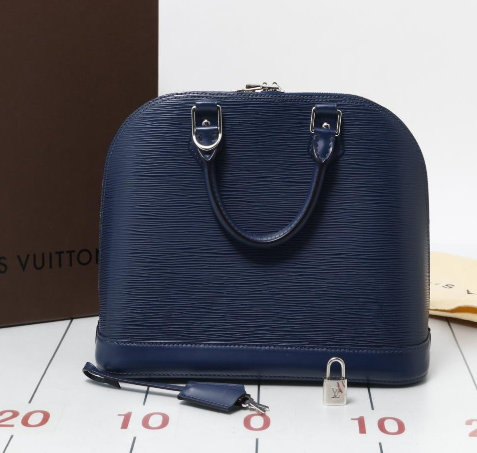 Good quality Used LOUIS VUITTON M40620 Alma EPI Blue Handbags for sale in bulk, wholesale only.