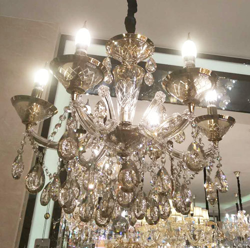 selling crystal chandeliers