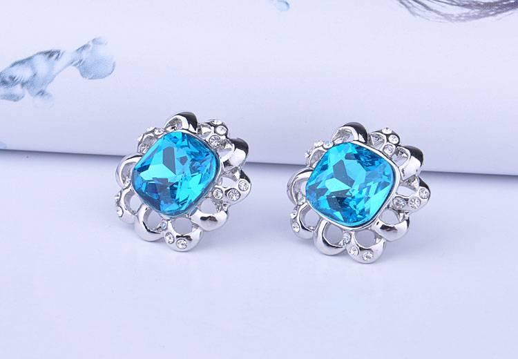Flower Shape Crystal Ear Stud Earrings Hot Selling