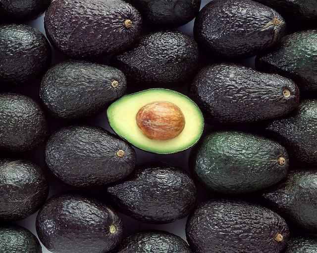 Quality Fresh Avocado ( Hass & Fuerte )