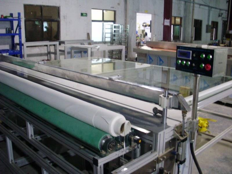 roller blind automatic cutting machine with blade control by ultrasonic