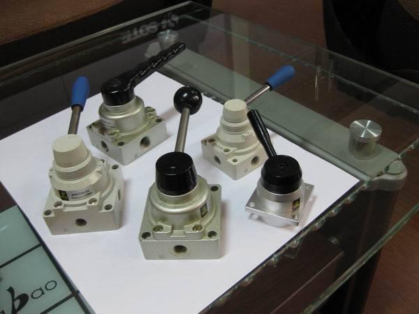 Hand -switching Valve HV400-02
