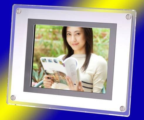 Digital photo frame DPF-150A