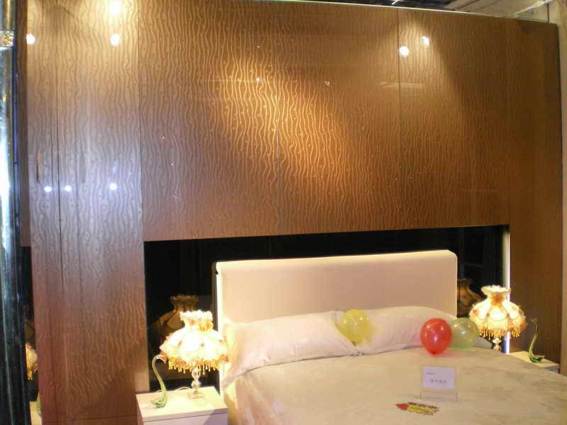 decorative glass wall for bed background
