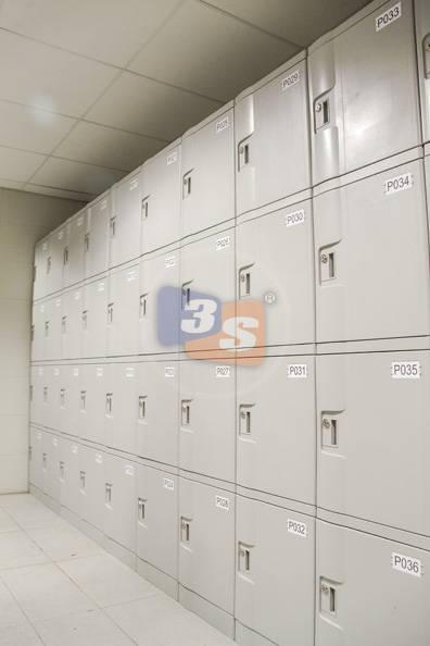 Non-corrosive locker (ABS plastic)
