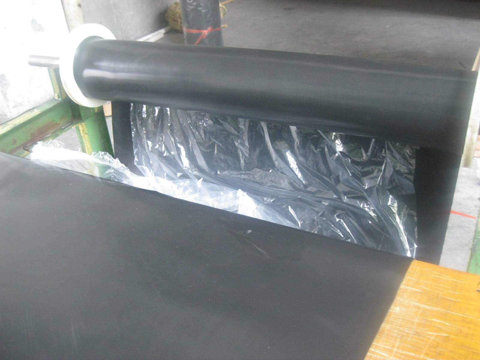 Fluorubber sheet for industrial