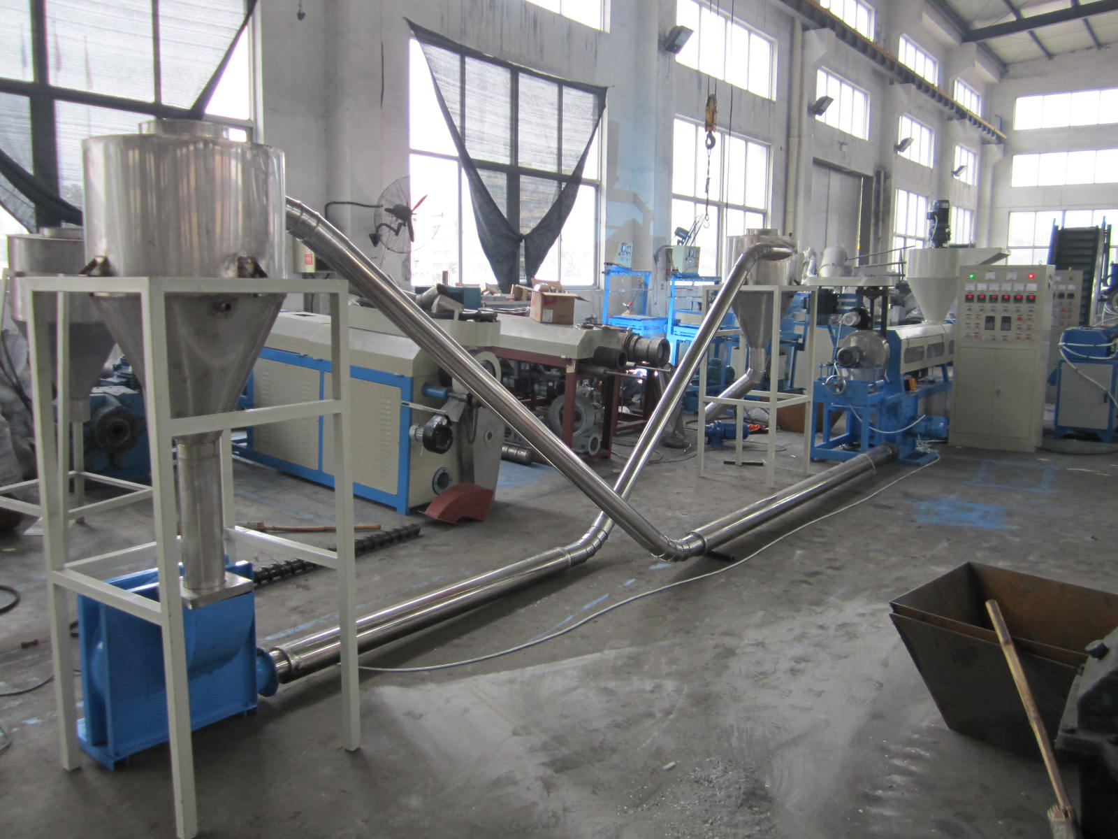 Wind Cooling Plastic Recycling Machine