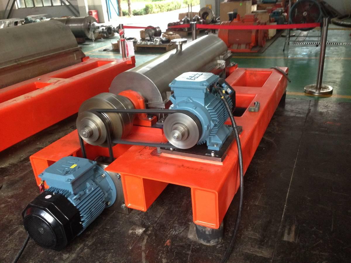 Decanter Centrifuge for solid liquid separation