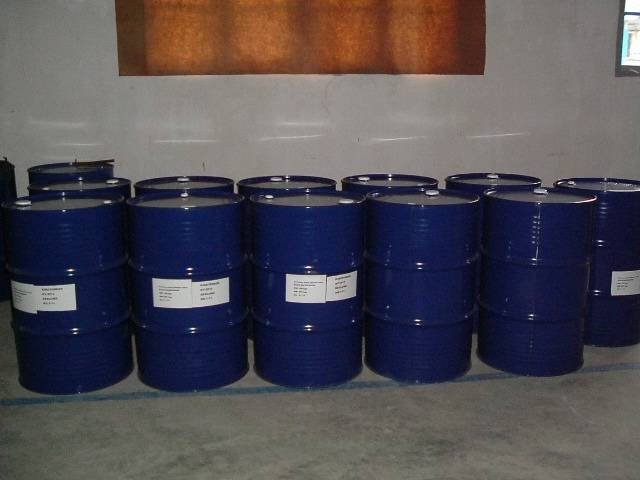 tetra ethylene glycol dimethyl ether