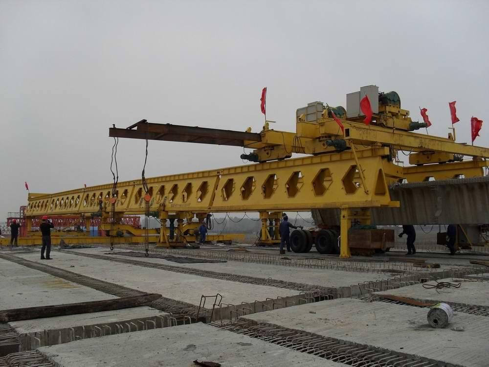 HZQ30/100 overhead launching girder