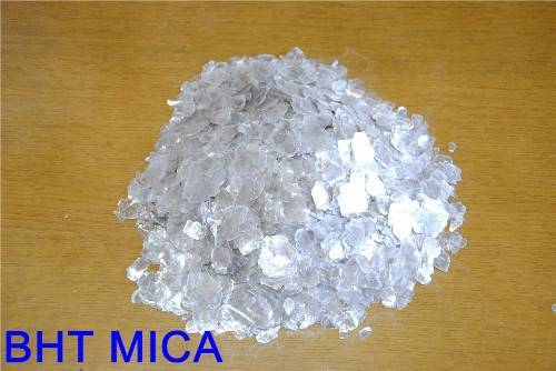various grades of mica scraps and powder