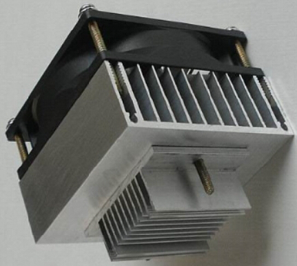 Customized TEC thermoelectric cooler with heat sink
