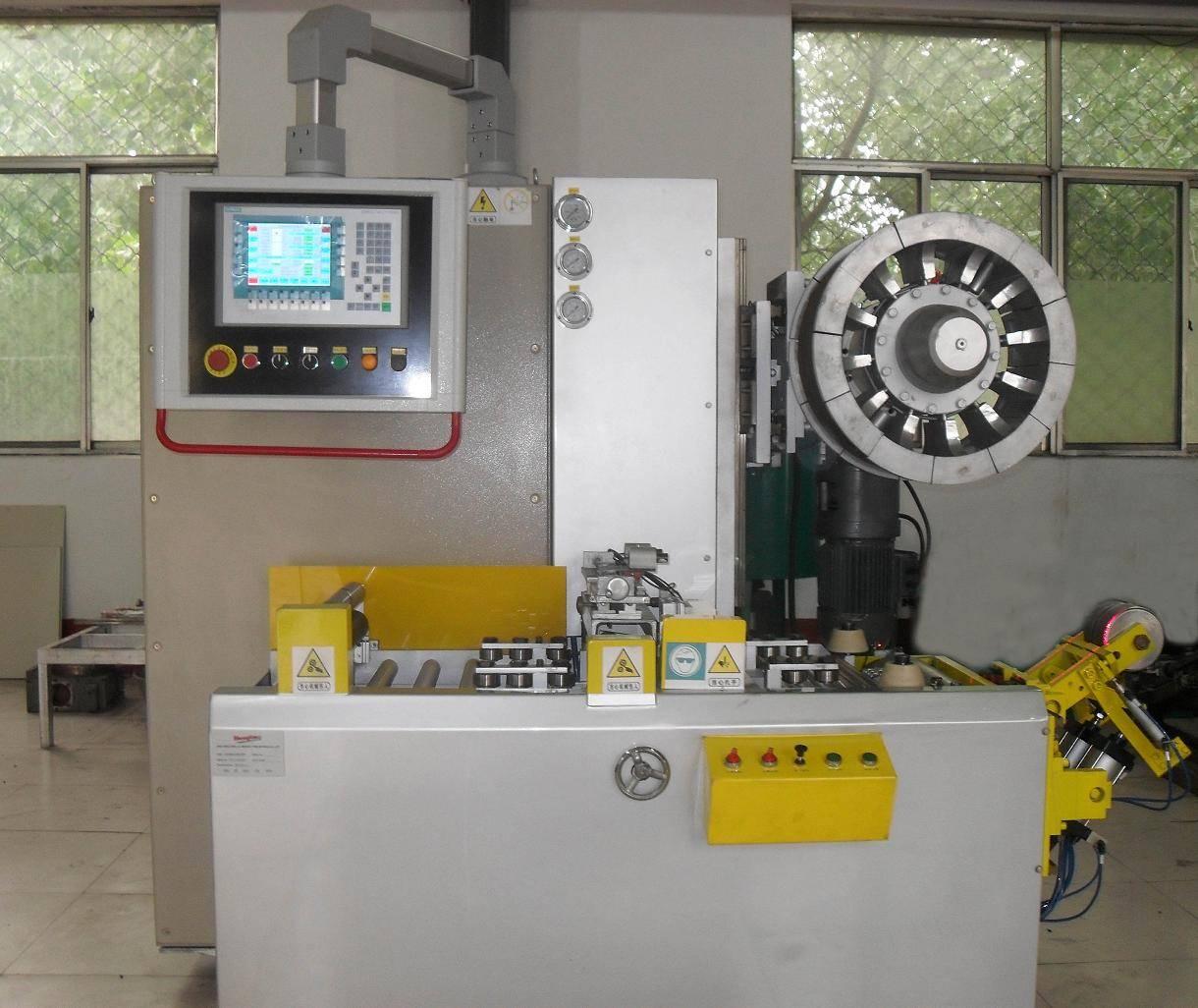 Automatic building machine