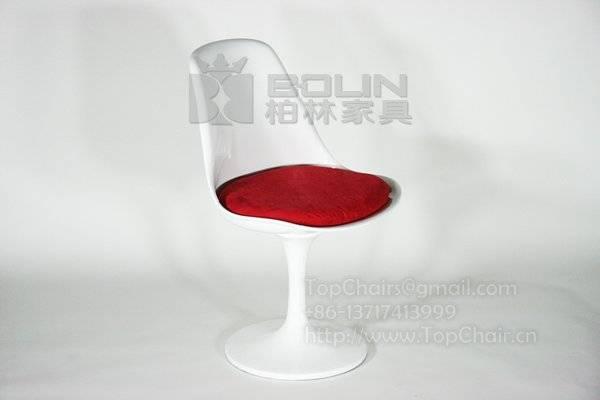 Fiberglass Tulip Chair