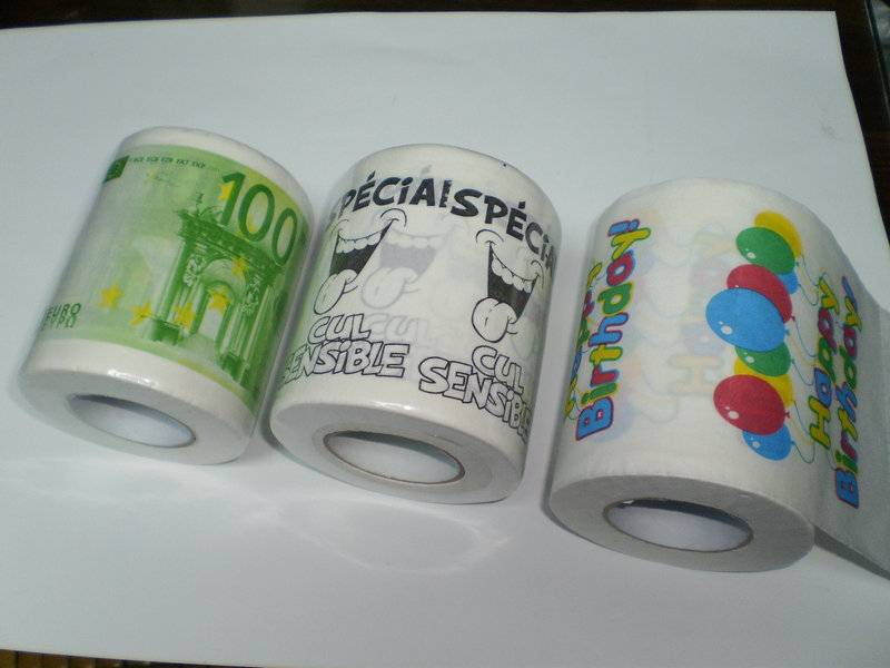 Toilet paper with novelty printing